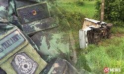 ทหารหนุ่มขับรถฝ่าฝน พาเพื่อนกลับบ้าน คว่ำตลบตาย 2 ศพ