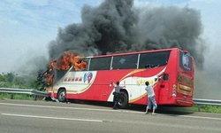 คดีพลิก! เหตุรถบัสไต้หวันไฟไหม้ย่างสดจีน 26 ศพ คนขับก่อเหตุเอง