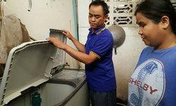 เซลล์แมนสุดแสบ  หลอกขายเครื่องซักผ้าเก่าให้คนตาบอด