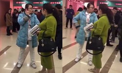 คนชื่นชม! พยาบาลจีนต่อว่าเอาเรื่องแก๊งต้มตุ๋นหลอกหาเงินกับคนไข้