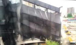 เปิดนาทีระทึก สาเหตุตึกถล่มทับเสาไฟ พังราบต่อหน้าต่อตา