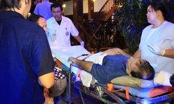 ต่างชาติทนไม่ได้   ห้ามชายไทยทำร้ายผู้หญิง  สุดท้ายถูกกระทืบบาดเจ็บ