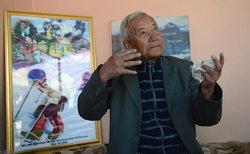คุณตาวัย85 ทำลายสถิติผู้มีอายุมากที่สุดสามารถพิชิตยอดเขาเอเวอเรสได้สำเร็จ
