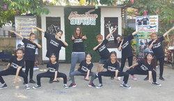 ความหวังริบหรี่! เด็กขายเสื้อหาเงินทุนแข่งเต้นที่อเมริกา หลังได้เป็นตัวแทนประเทศไทย