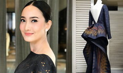 เก็บตก แต้ว ณฐพร งามสง่ากับชุดผ้าไหมไทยในงานรับรางวัลที่โตเกียว