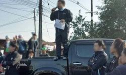 พนักงานโรงงานปราจีนฯ รวมตัวประท้วงขอเพิ่มโบนัส