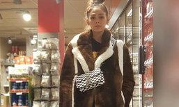 วิถีแม่บ้านในปารีส หลังเลิกงานของ ชมพู่ อารยา ลากตะกร้าซื้อของในซุปเปอร์มาร์เก็ต