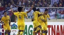ข่าว แข้งไทยสุดปึ้กดวลเหงียนเปิดซีเกมส์