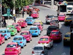 รัฐมนตรีมาเลเซียชี้คนขับแท็กซี่แย่ยิ่งกว่าห้องน้ำสกปรก