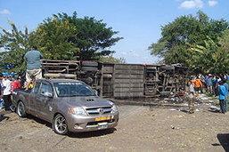 รถทัวร์ป.2 โคราช-อุดร คว่ำดับ7ศพ