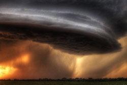 ว้าว! ตระการตากับเมฆฝนฟ้าคะนอง