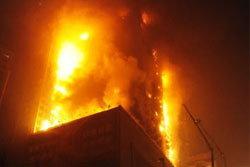 เกิดเหตุไฟไหม้โรงแรมหรูในจีน สยองรับตรุษจีน