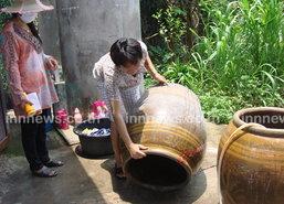 สาธารณสุขลำปาง นำเด็กกำจัดลูกน้ำยุงลาย