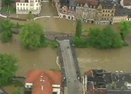 น้ำท่วมเช็กรุนแรง-สั่งการเปิดเขื่อนระบายน้ำ