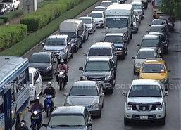 จราจรเช้านี้รถติดขัดแนะเลี่ยงสะพานกรุงเทพ