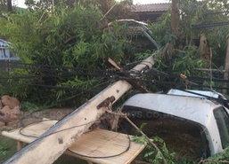 พายุหมุนทำเสาไฟฟ้าอ.ห้างฉัตรลำปางล้ม13ต้น