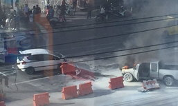 เลี่ยงด่วน!! เกิดเหตุรถชนหน้าแยกวงศ์สว่างรถติดสาหัส