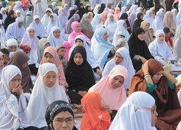 รองผอ.รมน.ภาค4สน.พร้อมฮาบีบพบปะมุสลิมนราฯ