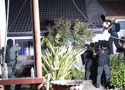 ตำรวจอุดรฯคุมตัวชายคลั่งจี้แม่-ภรรยาดำเนินคดี