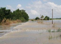 แม่น้ำโก-ลกล้นตลิ่งท่วมชุมชนอ.สุไหงโก-ลก30ซม.