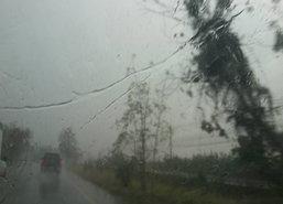 ฝนถล่มภูเก็ตน้ำท่วมขังผิวถนน20ซม.คาดเกิน2ชม.แห้ง