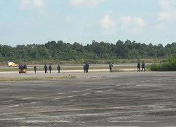จนท.เร่งกู้ซากเครื่องบินกริพเพนตกที่กองบิน56