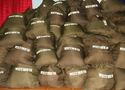 มูลนิธิราชประชาฯมอบถุงยังชีพพระราชทานจ.ตรัง