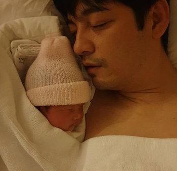 พ่อหนุ่ม น้องวีจิ