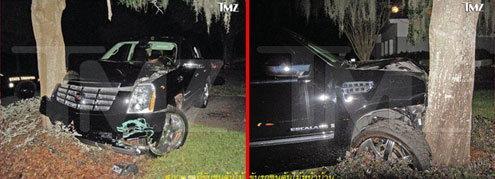 สภาพรถที่ประสบอุบัติเหตุ หลัง ไทเกอร์ มีปากเสียงกับภรรยา