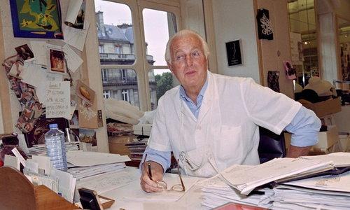 ผู้ก่อตั้งแบรนด์ 'Givenchy' เสียชีวิตแล้วในวัย 91 ปี