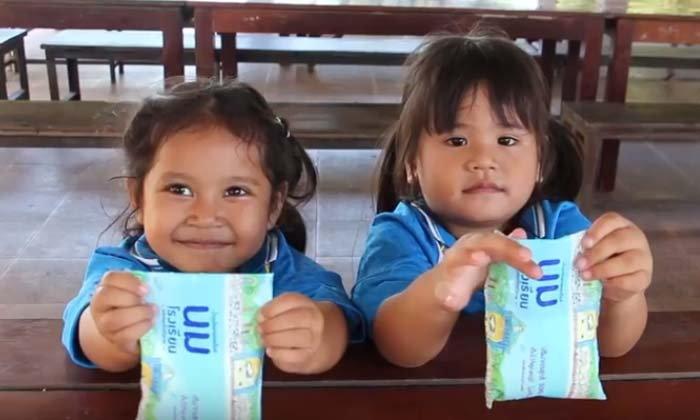 ตรวจเข้ม! ลุยติดตามคุณภาพนมโรงเรียน กำชับครู-อาจารย์ให้ความสำคัญก่อนให้เด็กดื่มกิน