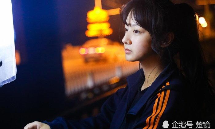 ชีวิตต้องสู้! สาวจีนขายไอศกรีม หาเงินค่าเทอมเรียนมหาวิทยาลัย