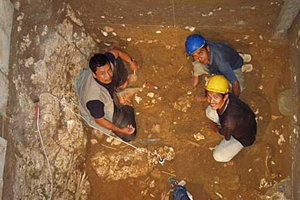 พบกระดูกพระสงฆ์ในหม้อดินเผา500ปี