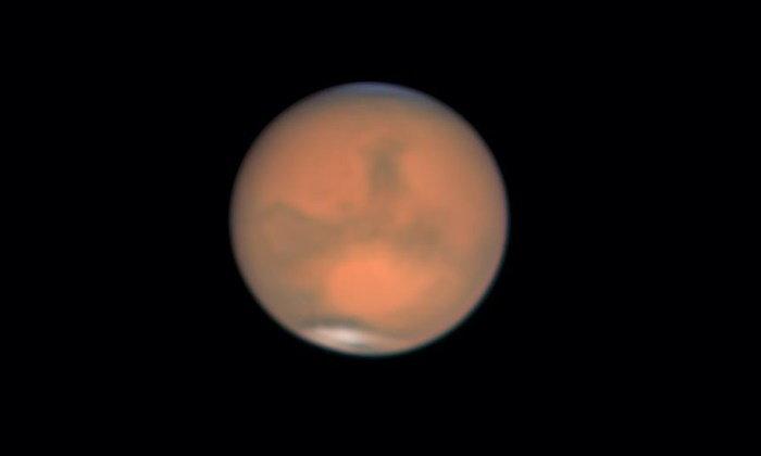 คนไทยแห่ดูดาวอังคารสีแดง โคจรใกล้โลกที่สุดในรอบ 15 ปี