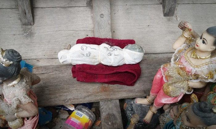 ศพทารกเฮี้ยน เข้าฝันพระวัดดัง ช่วยพาขึ้นจากเรือไม้ตะเคียนยักษ์