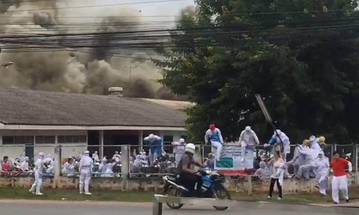 หนีตายอลหม่าน! ไฟไหม้โรงงานแปรรูปอาหาร คาดไฟฟ้าลัดวงจร เสียหายร่วม 50 ล้าน