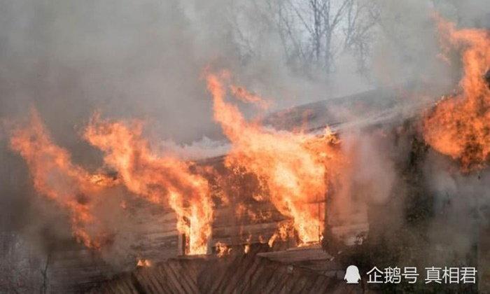 เด็กชาย 5 ขวบทะเลาะกับแม่ ฉุนจัดลอบวางเพลิงเผาบ้านตัวเองวอดทั้งหลัง