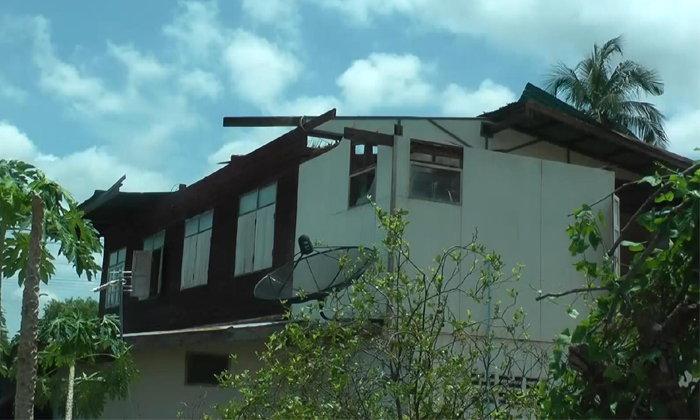 พิจิตรอ่วม! พายุกระหน่ำพัดบ้านพังกว่า 30 หลัง ชาวบ้านเผยแรงสุดในรอบ 25 ปี
