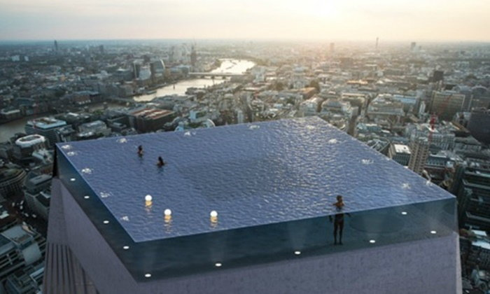 คนอังกฤษเกาหัว เปิดตัวสระว่ายน้ำยอดตึก 360 องศา แต่ทางขึ้น-ลงอยู่ไหน