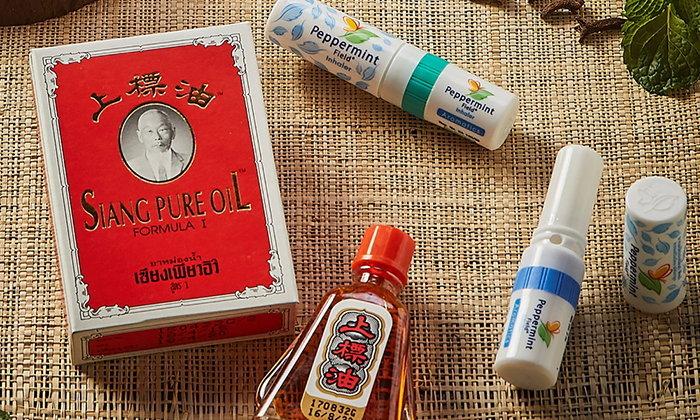 """เปิดตำนาน 60 ปีความสำเร็จของยาหม่องน้ำ """"เซียงเพียวอิ๊ว"""" และ """"ยาดมเป๊ปเปอร์มิ้นท์ฟิลด์"""" ที่เราคุ้นเคย"""