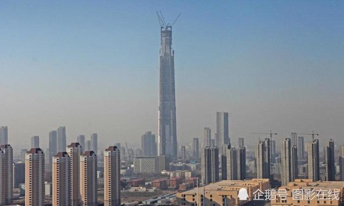 """สร้างข้ามทศวรรษ """"Goldin Finance 117"""" ตึกสูงอันดับ 2 ของจีน ใกล้เสร็จสมบูรณ์"""