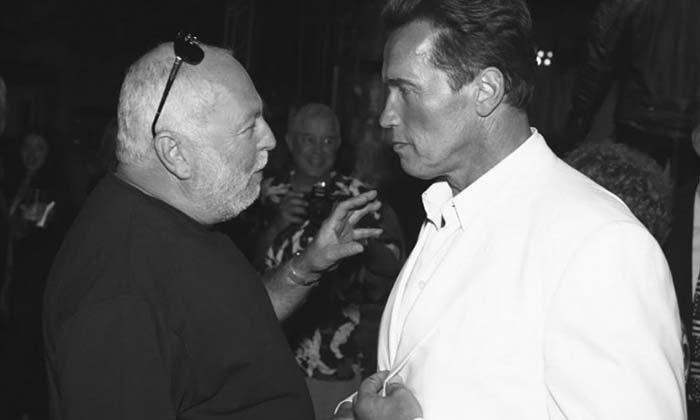 """""""อาร์โนลด์"""" โพสต์อาลัย """"Andrew G. Vajna"""" ผู้กำกับแรมโบ้ วัย 74 ปี เสียชีวิต"""