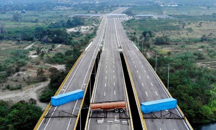 """""""เวเนซุเอลา"""" ไม่รับความช่วยเหลือจากภายนอก ล่าสุดปิดสะพานเชื่อมโคลอมเบีย"""