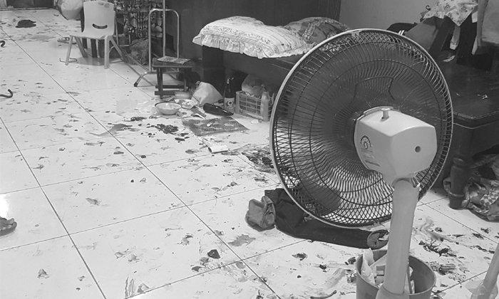 สยอง! หนุ่มใหญ่ตายเงียบหลายวันในบ้านป้า คราบเลือดแห้งกรังกระจายเกลื่อน