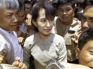 ซู จี ยื่นอุทธรณ์ขยายเวลากักบริเวณต่อศาลสูงสุดพม่า