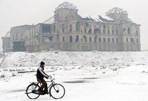 หิมะถล่มอัฟกานิสถานฝังตายเกือบ70เจ็บ400