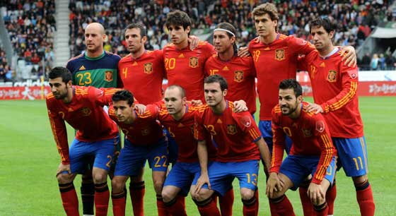 นักเตะสเปนเตรียมรับเงินอื้อหากได้แชมป์