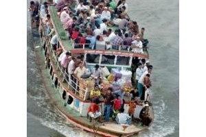 เรือข้ามฟากบังคลาเทศล่มดับ12 หายกว่า60