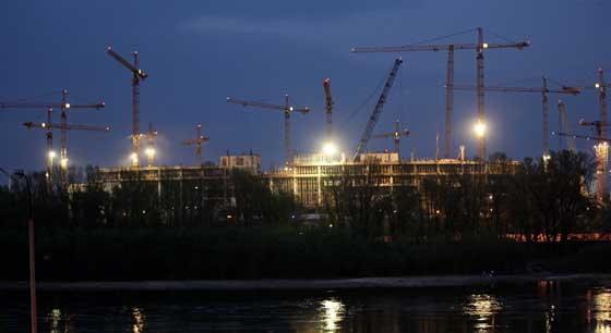 ยูเครนพบสนามนัดชิงยูโร2012โกงงบซ่อม