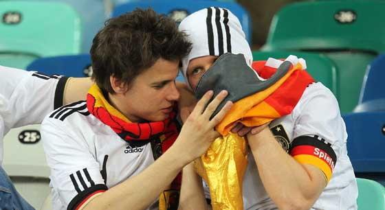 นักท่องเที่ยวเยอรมันผิดหวังทีมชาติพ่าย